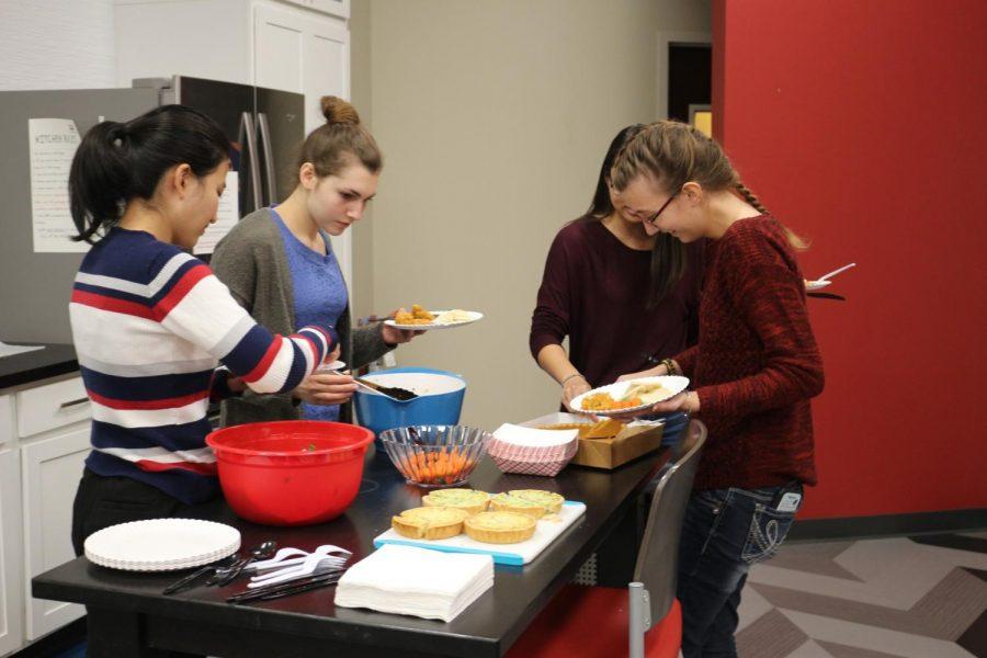 Yorktown CAs preparing food for Friendsgiving Photo credit: Soundharjya Babu